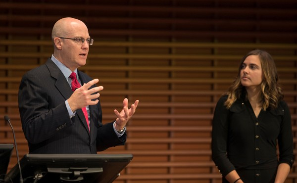 Stanford Pain Chief Leads National Pain Strategy Effort